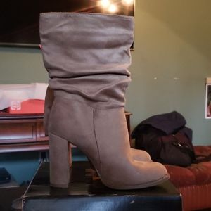 Shoes - Women's beige suede high ankle boot